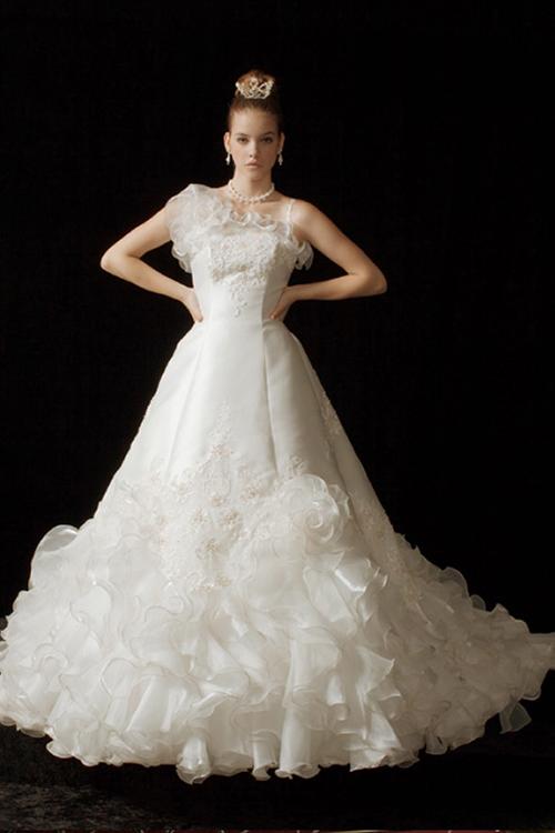 提携店ウェディングドレス204
